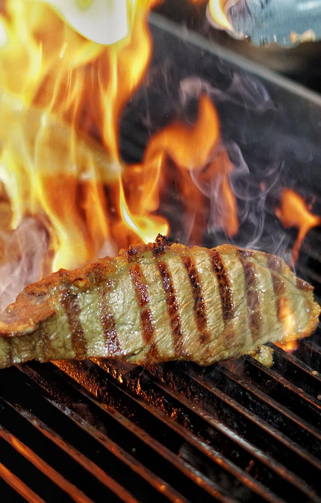 Carne a la brasa - Restaurante Balandro