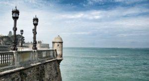Vista de la Bahía desde la Alameda Apodaca - Restaurante Balandro