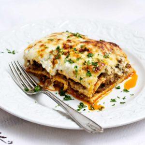 Lasaña de ternera con champiñones y verduras gratinadas con queso - Restaurante Balandro