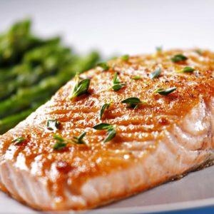 Lomo de salmón ahumado a la plancha - Restaurante Balandro