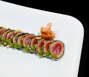 Tataki de atún en tempura con wasabi - Restaurante Balandro