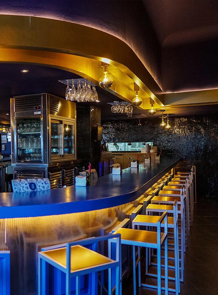 Esquina circular de la barra - Restaurante Balandro