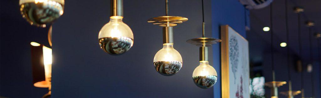 Detalles de lámparas en la zona de la barra - Restaurante Balandro