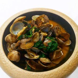 Cazoleta de almejas a la marinera - Restaurante Balandro