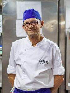 Pedro - Partida de pescado de Restaurante Balandro